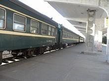 57057列車