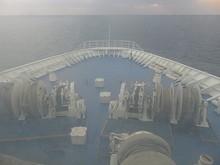東シナ海を南西へ進む