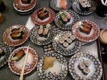 家族で回転寿司へ