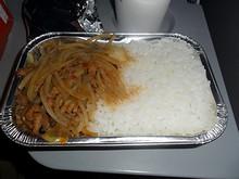 主食のご飯と土豆丝