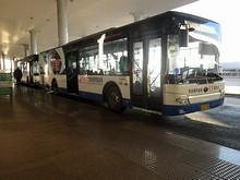 ターミナル1、2への無料シャトルバス