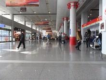 ターミナル1出発階