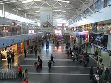 ターミナル2出発階