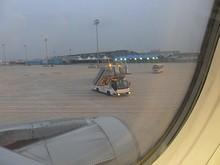 駐機場に到着