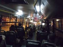 928番バス車内