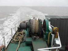 船尾からみた景色