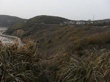 山の上を通る道路