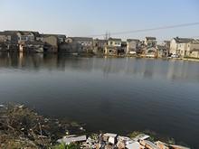 前滝児港周辺の村落