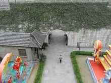 北から3番目の門