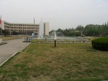 大学の噴水