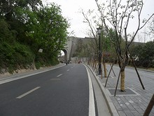 台城と門が見えてきた