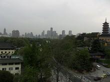 市中心、新街口の高層ビル群