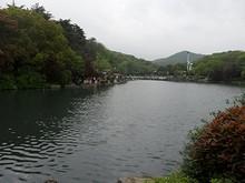 珍珠泉公園内の泉