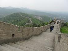 西へ伸びる長城