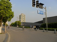 大虐殺記念館の裏門