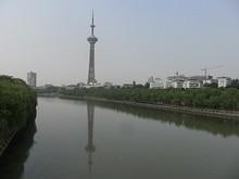 秦淮河と南京テレビ塔