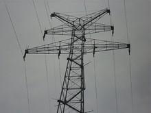 長江観音のすぐそばにある鉄塔