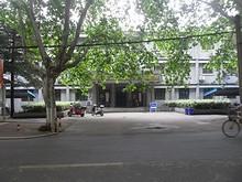 留学生管理事務所の正面入口
