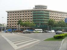 大橋飯店と四平路ロータリー