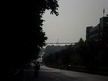 南京理工大バス停から西を見る