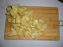 ジャガイモを切る