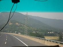 G4211高速と送電線