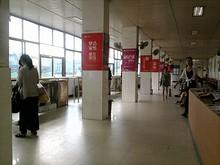 句容バスターミナルの待合室