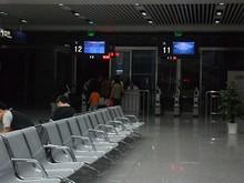 南バスターミナルの待合室
