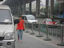 乗ってきた白タクのワゴン車