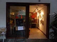 ホステルの入口