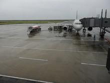 3番スポットの春秋航空8577便 A320型機