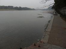 桂林市中心を南北に流れる漓江