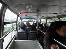 2階建てバスの2階
