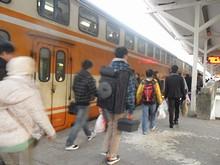 初めて乗る二階建て列車