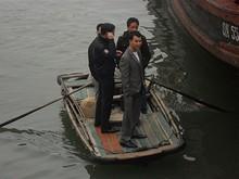 小舟もある