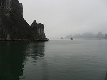 ダウゴ島南西を南下