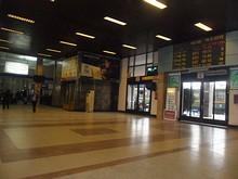 駅のメインホール