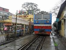 駅と機関車