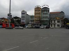 駅前の旅客街