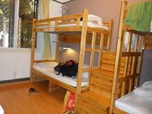 二段ベッドの階段