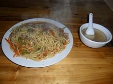 朝飯の牛肉炒麺