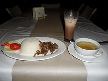 夕飯の豚肉ガーリックご飯