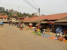 フエサイの市場