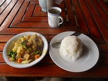 朝飯のベジタブルカレー