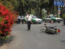 交通事故!