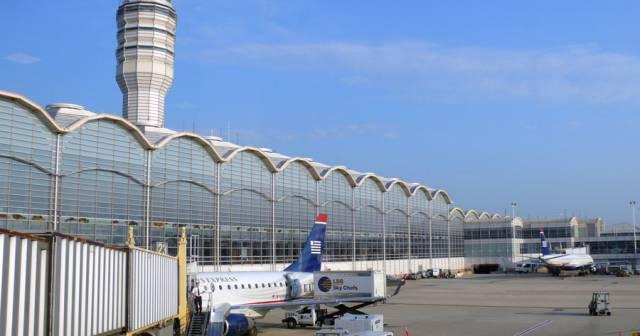 airplanes airports washington d c ronald reagan national airport ...