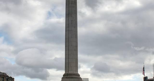 File_Trafalgar Square-2.jpg